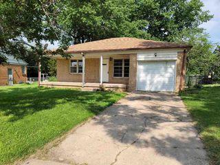 1155 Inverness Dr, Wichita, KS 67218