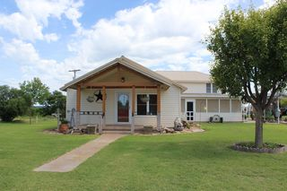 300 Tunnell St, Quitaque, TX 79255