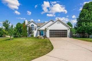 1113 W Basswood Dr, Andover, KS 67002