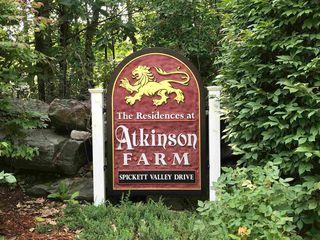3 Spicket Valley Dr, Atkinson, NH 03811
