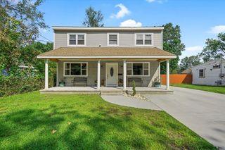 409 Gifford Rd, Schenectady, NY 12304