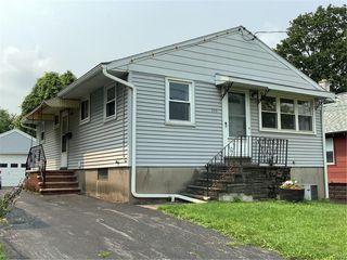 233 Roxford Rd N, Syracuse, NY 13208