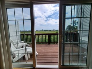 560 Silver Sands Rd #303, East Haven, CT 06512