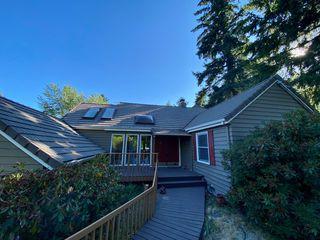 7840 SW West Slope Dr, Portland, OR 97225