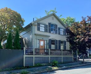 46 Campbell St, New Bedford, MA 02740
