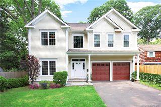 35 White Birch Ln, Stamford, CT 06905