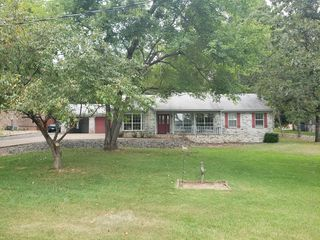 1750 Marion Anderson Rd, Hot Springs, AR 71913