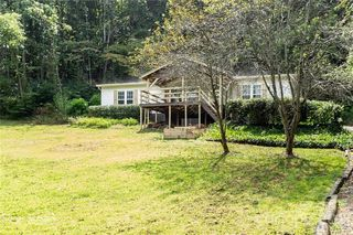 80 Peaceful Valley Dr, Leicester, NC 28748