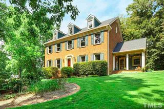 139 Castlewood Dr, Cary, NC 27511