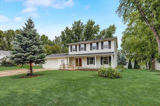 325 Ruth Dr, Jefferson, WI 53549