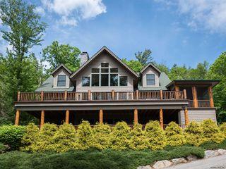 15 Hillside Dr, Brant Lake, NY 12815