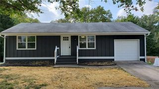 11331 E 10th St S, Independence, MO 64054