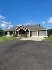 385 Green Acres Rd, London, KY 40744