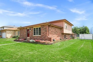 2291 Cleveland St, Gary, IN 46404