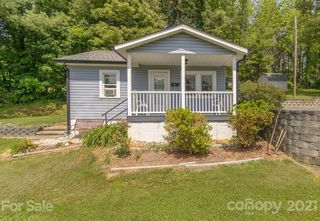 362 New Haw Creek Rd, Asheville, NC 28805
