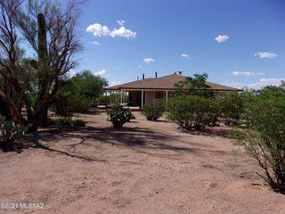 6610 N Blue Blvd, Tucson, AZ 85743