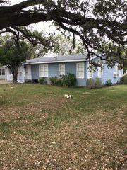 210 N Bryant St, Pleasanton, TX 78064