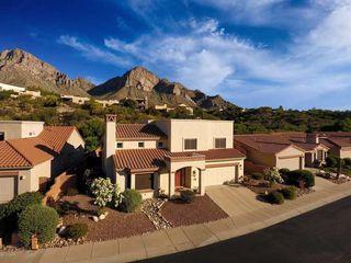 1522 E Charouleau Pl, Oro Valley, AZ 85737