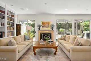 211 S Orange Grove Blvd #4, Pasadena, CA 91105