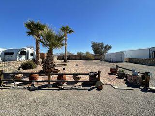 200 N Moon Mountain Ave #32, Quartzsite, AZ 85346