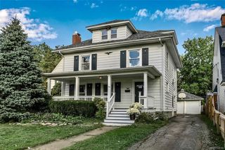 64 Lakeview Pkwy, Lockport, NY 14094