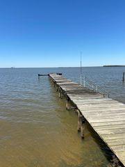 333 Lake Moultrie Dr, Bonneau, SC 29431