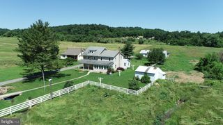 104 Equine Acres Ln, Mifflintown, PA 17059