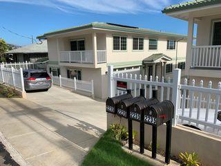 2235 Seaview Ave, Honolulu, HI 96822