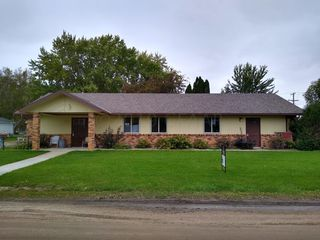 403 Blaine St NE, Fertile, MN 56540