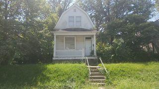 906 Elias Ave, Saint Louis, MO 63147
