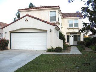 2460 Fallbrook Pl, Escondido, CA 92027