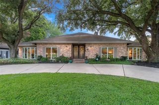5138 N Braeswood Blvd, Houston, TX 77096