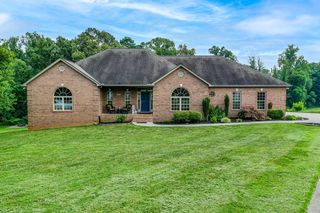 458 Lager Dr, Maryville, TN 37801