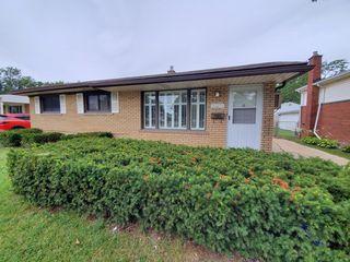 30219 Calahan Rd, Roseville, MI 48066