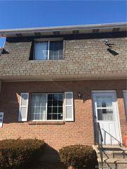 19 Porter Manor Dr #4, Waterbury, CT 06705
