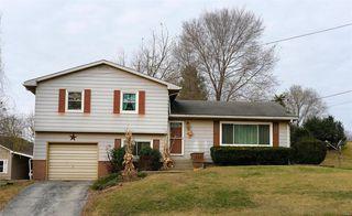 108 N Main St, Pleasant Hill, IL 62366