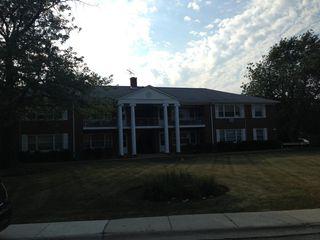 2000 Parkside Dr #F, Park Ridge, IL 60068