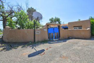 214 Shangri La Ct NW, Albuquerque, NM 87107
