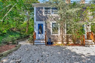 30 Alden St #U2, Provincetown, MA 02657
