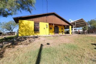 344 Minerales Annex Rd, Laredo, TX 78045