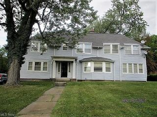 1853 Rudwick Rd, Cleveland, OH 44112