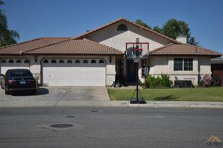 691 Becker Ave, Shafter, CA 93263