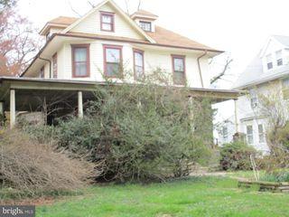 115 Wayne Ave, Clifton Heights, PA 19018