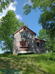 590 River Rd, Madison, ME 04950