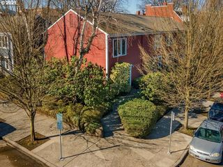 707 NW 20th Ave, Portland, OR 97209