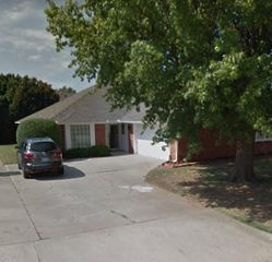 6323 Avalon Ln, Oklahoma City, OK 73118