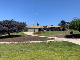 24645 Foothill Dr, Salinas, CA 93908