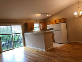 941 Bromley Pl, Northbrook, IL 60062