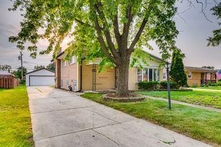 10440 S Kenneth Ave, Oak Lawn, IL 60453