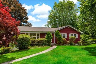 227 Somerston Rd, Yorktown Heights, NY 10598
